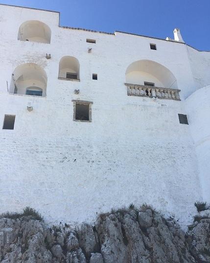 Ostuni - Aragonese town walls